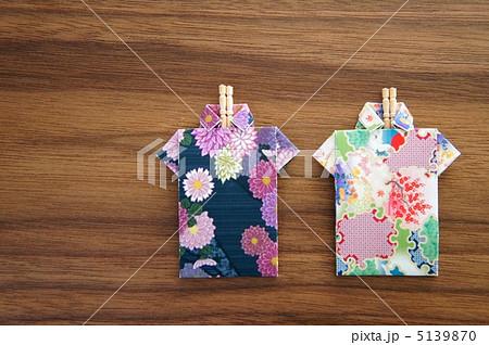簡単 折り紙 爪楊枝入れ 折り紙 : pixta.jp