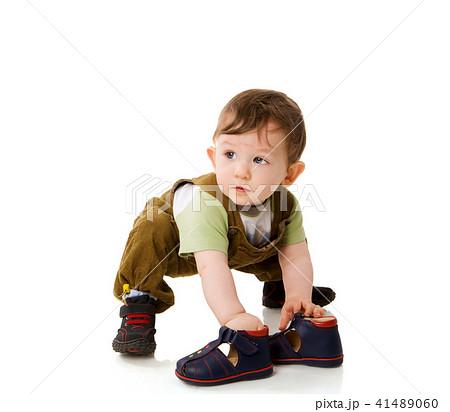 ポートレート 肖像 靴 座っているの写真・イラスト素材を検索中(183件中1件 , 183件を表示)